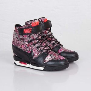 🔥 RARE Nike Wedge Air Revolution Sky Hi Liberty